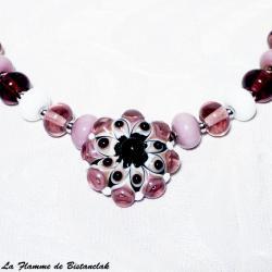 Cabochon fleur mauve glycine et rose