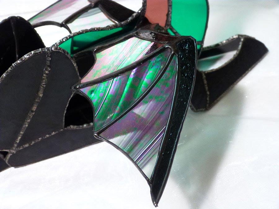 Dragon vitrail tiffany de couleur rose vert et iridescent 7
