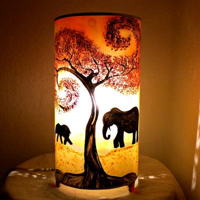 lampe en verre jaune orange rouge