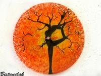 Horloge arbre danseuse orange rouge jaune
