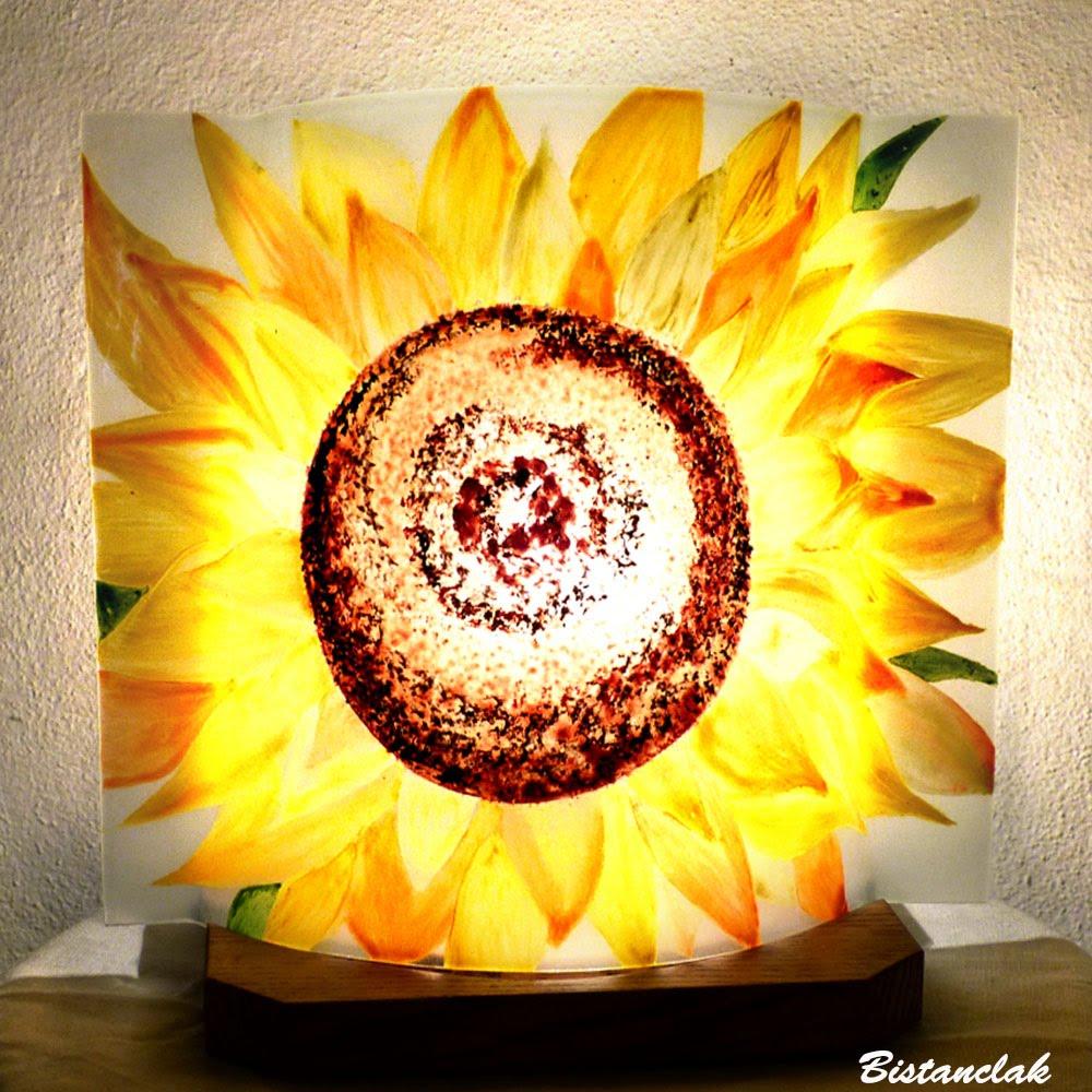 Lampe décorative a poser motif fleur de tournesol venue en ligne sur notre site, fabrication artisaanle française par Bistanclak