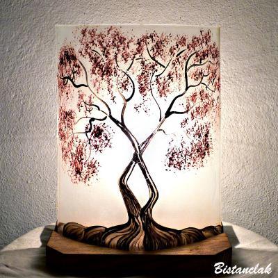 Lampe demi cylindre blanche motif arbre au feuillage rouge