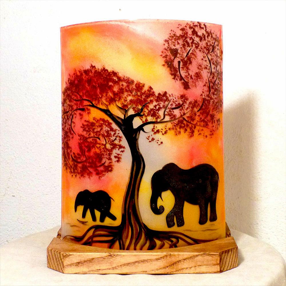 Lampe d'ambiance a poser rouge orange motif elephant