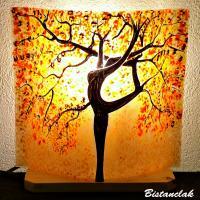 Lampe décorative sable orange motif arbre danseuse