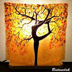 Lampe décorative motif arbre danseuse couleur sable orangé, jaune et rouge