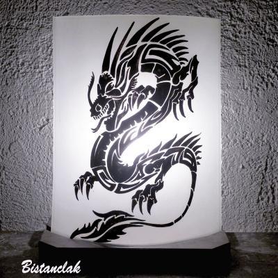 Lampe décorative motif dragon