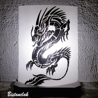 Lampe décorative motif dragon