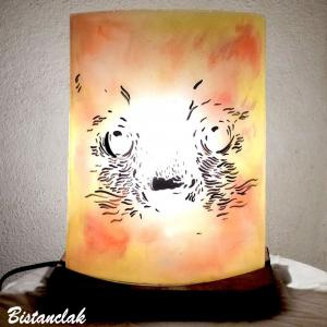 Lampe artisanale decorative jaune orange motif trait de chat