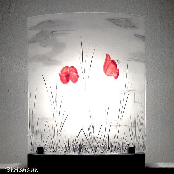 Lampe artisanale motif coquelicot par bistanclak