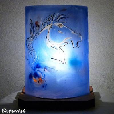 Lampe demi-cylindre bleu motif tête de cheval