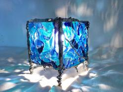 lampe-cube-bleu