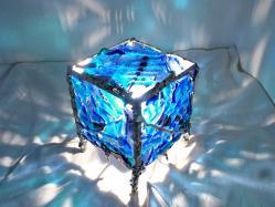 lampe-cube-bleu8.jpg