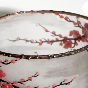 Lampe cylindrique cerisier en fleur du japon detail