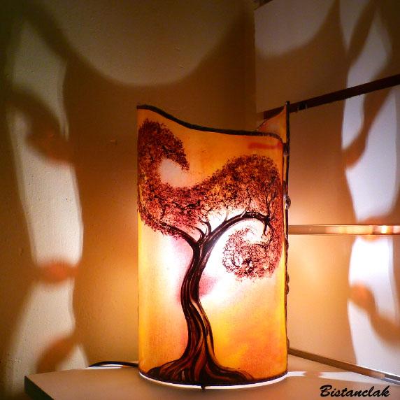 luminaire cylindre décoratif jaune orangé motif arbre