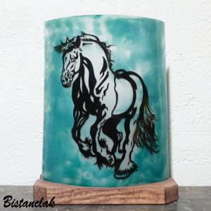 Lampe d ambiance vert turquoise motif cheval cabre