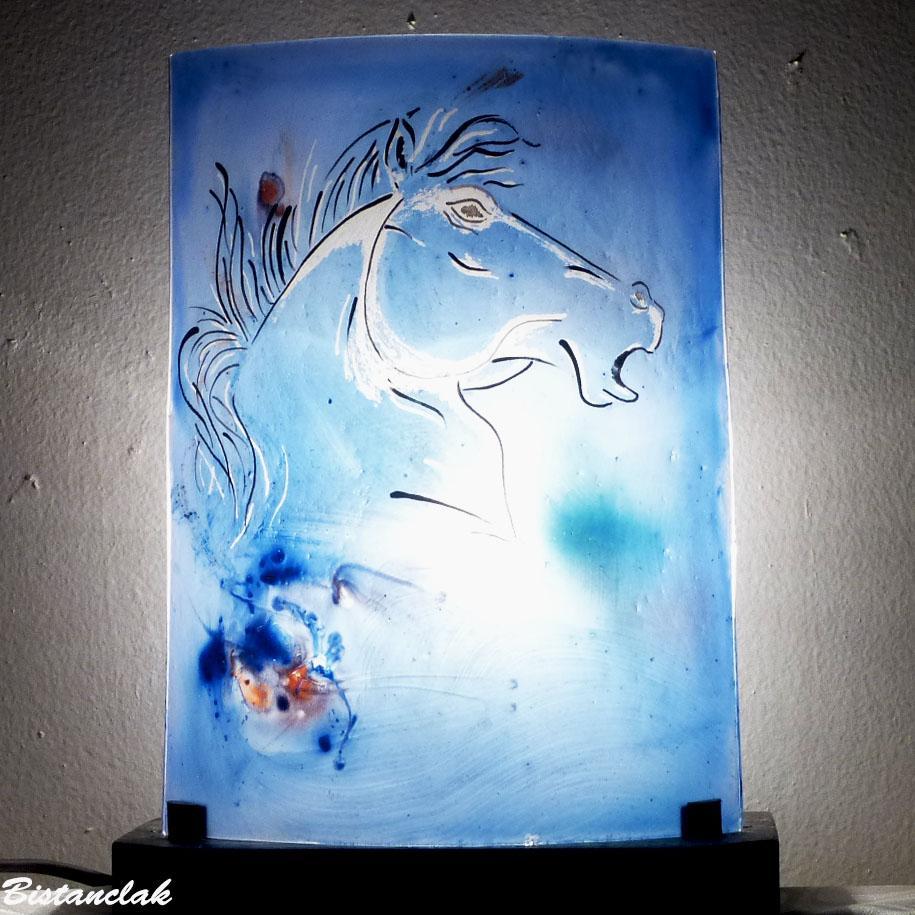 Lampe decorative bleu tete de cheval