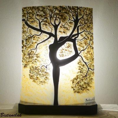 Lampe couleur nature motif arbre danseuse