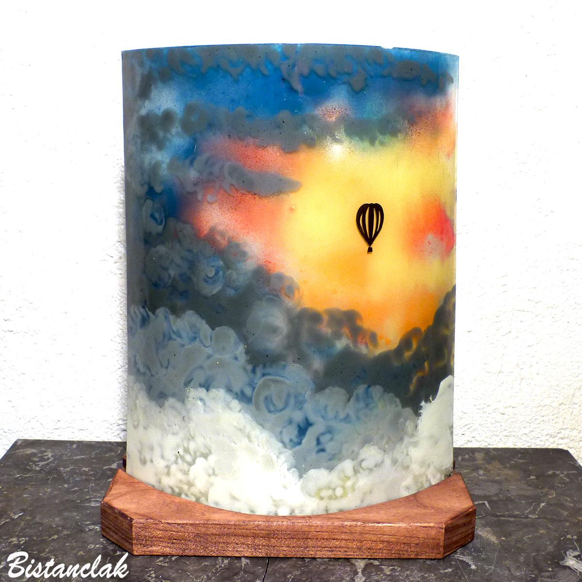 Lampe multicolore motif mongolfiere 1
