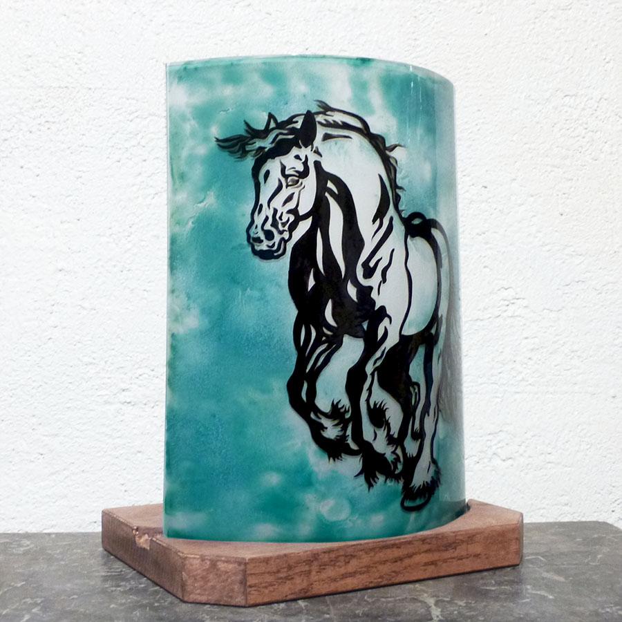 Lampe vert turquoise motif cheval 2