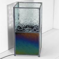 Lampe vitrail iridescent et froisse incolore 8