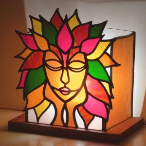 Lampe vitrail mullticolore l esprit de la foret 4