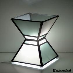 Lampe vitrail moderne en double trapèze gris acier et blanc