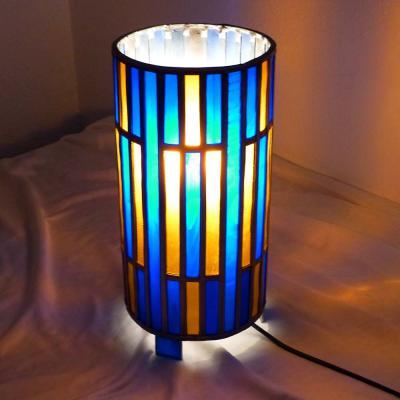 Lampe vitrail cylindrique bleu cobalt et ambre foncé