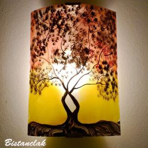 Luminaire applique murale motif arbre de jane jaune et rouge 6