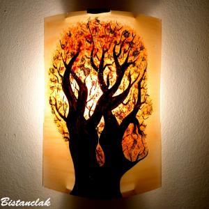 Luminaire applique murale orange et vert motif arbre en tete; fabrication artisanale française par Bistanclak