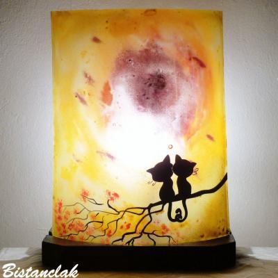 lampe jaune orange motif chats enlacés