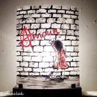 Luminaire graffiti amour creation artisanale par bistanclak