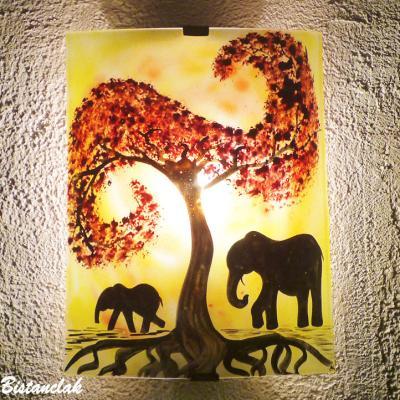 Applique jaune, orange, rouge motif la marche des éléphants