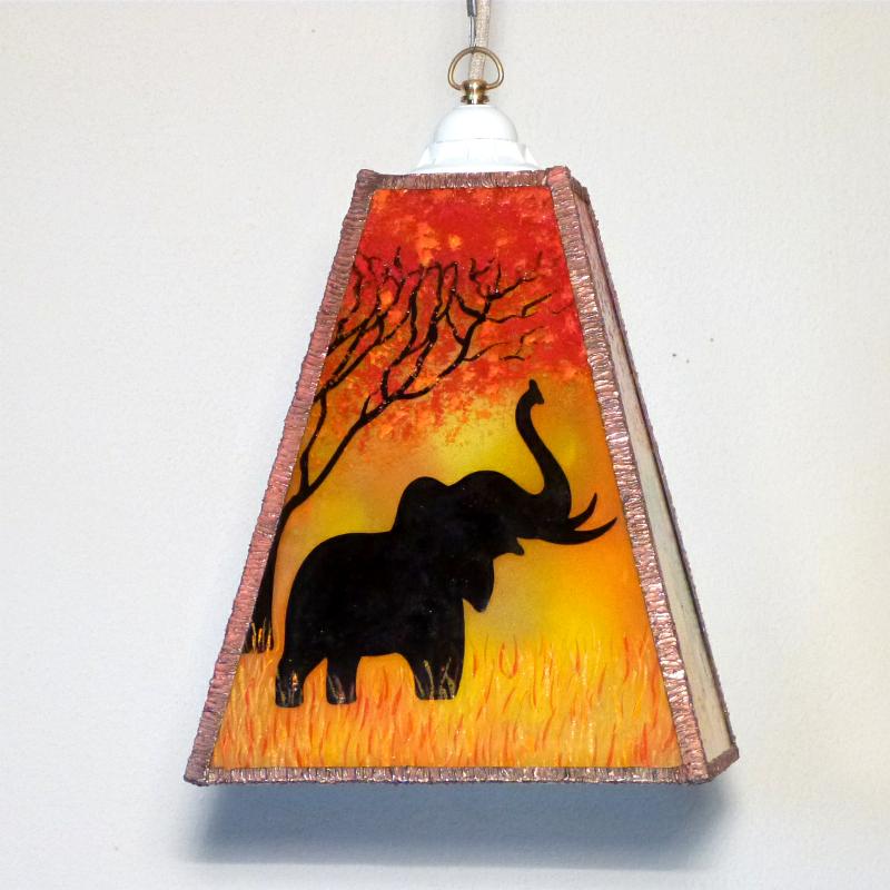 Lustre trapeze arbre et elephant