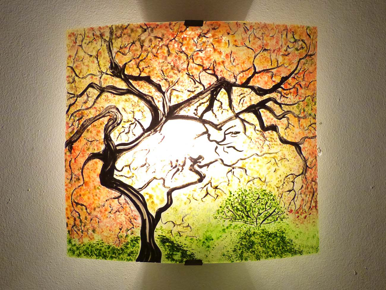 luminaire applique murale paysage arbre jaune orange et vert. Black Bedroom Furniture Sets. Home Design Ideas