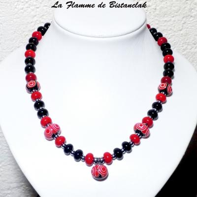 Collier perles de verre rouge et noir collection psyché