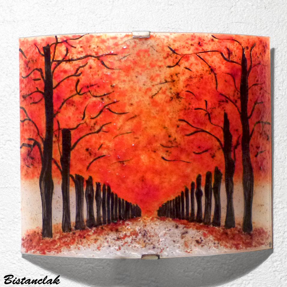 Vente en ligne de l'applique artisanale rouge motif chemin bordé d'arbres