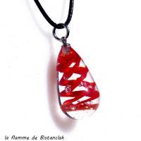 Pendentif goutte en verre file et twist rouge