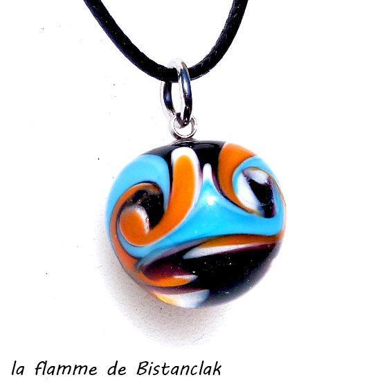 Pendentif perle de verre file orange et bleu 1