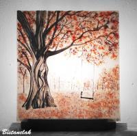 Tableau lumineux motif arbre rouge et balancoire vendu en ligne sur notre site