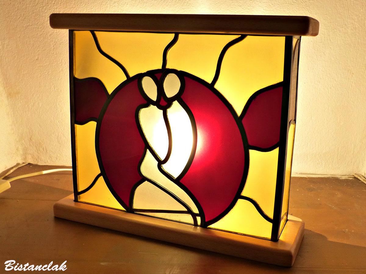 Tableau vitrail lumineux a poser motif couple enlace