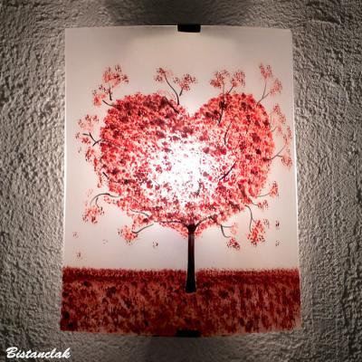 Applique motif arbre en forme de coeur rouge