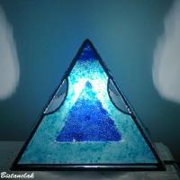 Vente en ligne lampe d ambiance pyramide bleu